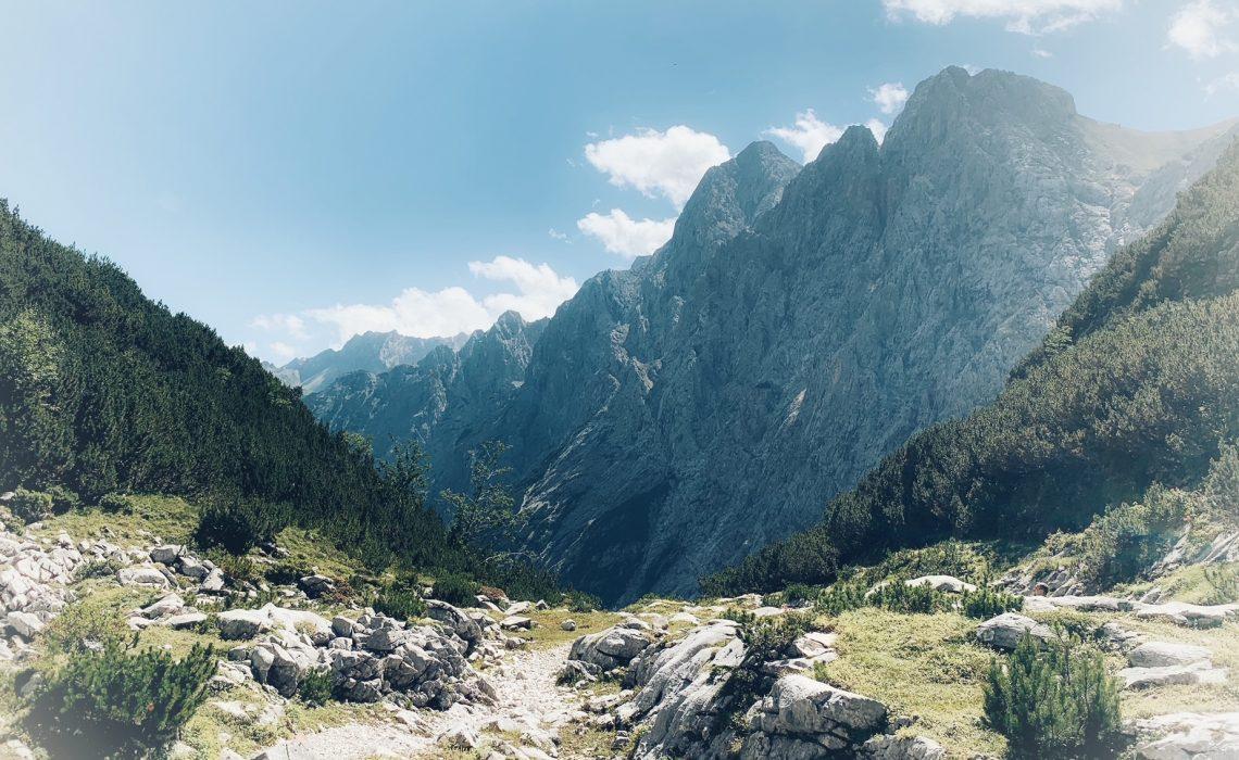Berg-Meditation-Ruhe-Stärke